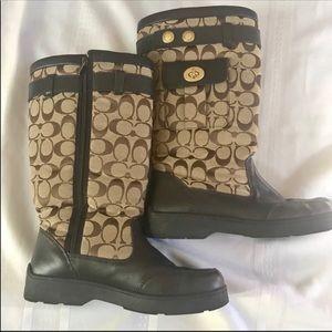 Coach Kayla boot Snow winter size 8